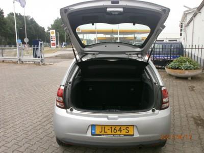 Citroën C3 - 1.0 PureTech Attraction 04-2016, Benzine, Handgeschakeld, Hatchback, Grijs